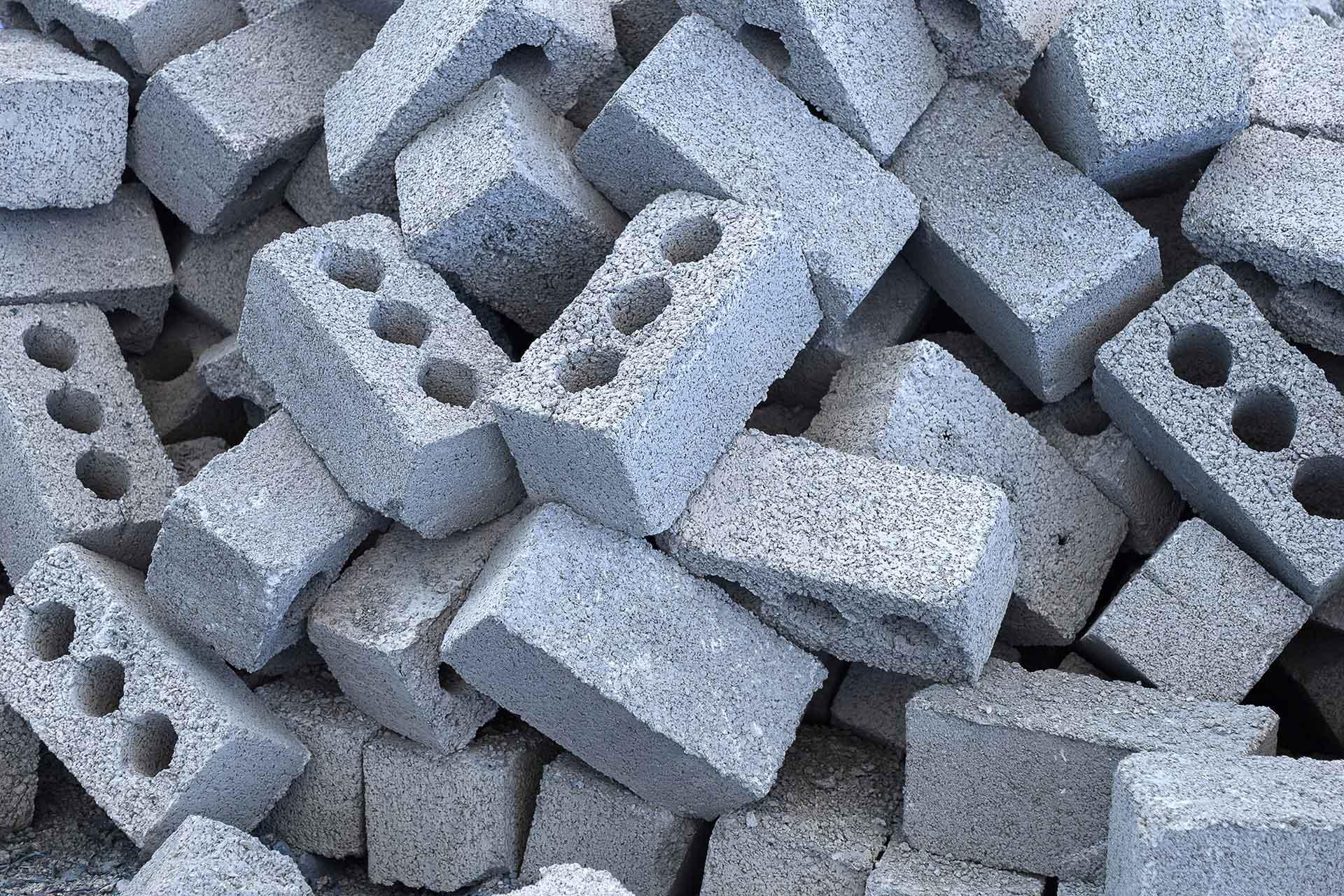 Spraakmakende strafzaken - Spaubeekse betonblokgooier